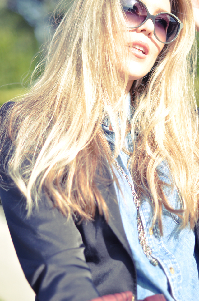Chloe sunglasses + messy blonde hair