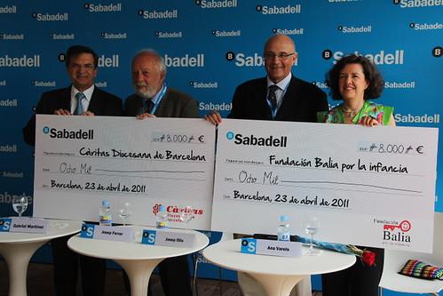 Entrega de los cheques Aces Solidarios en el Barcelona Open Banc Sabadell 2011