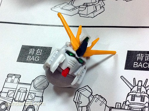 Building MC RX-93 Nu Gundoom Gundam (7)