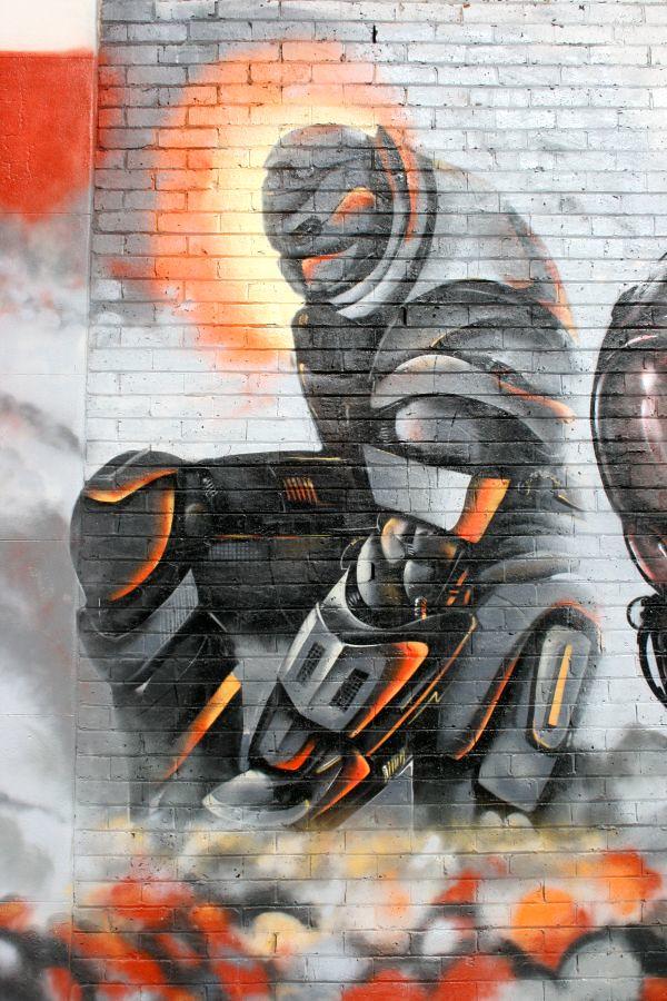 Iron Man v Wall 04
