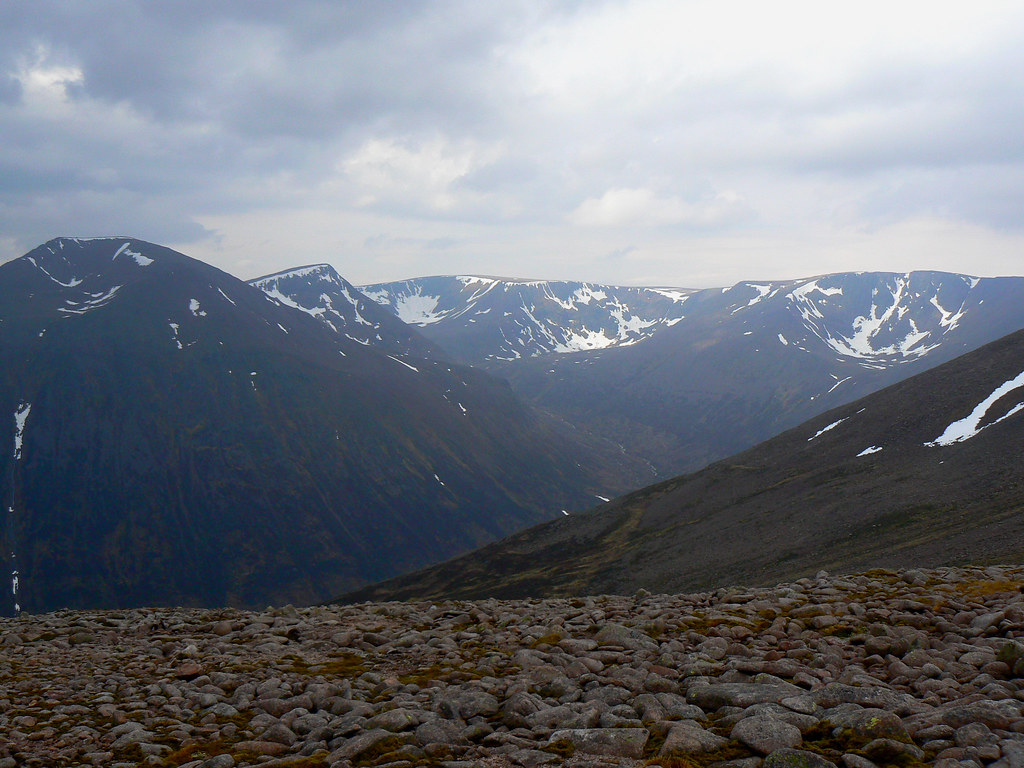 Cairn Toul to Braeriach