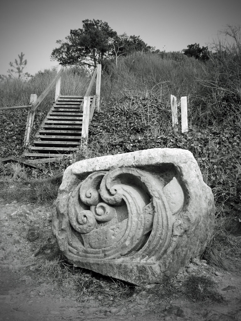 How we remember the stone carving on Widdick Chine. . .          Totland Bay