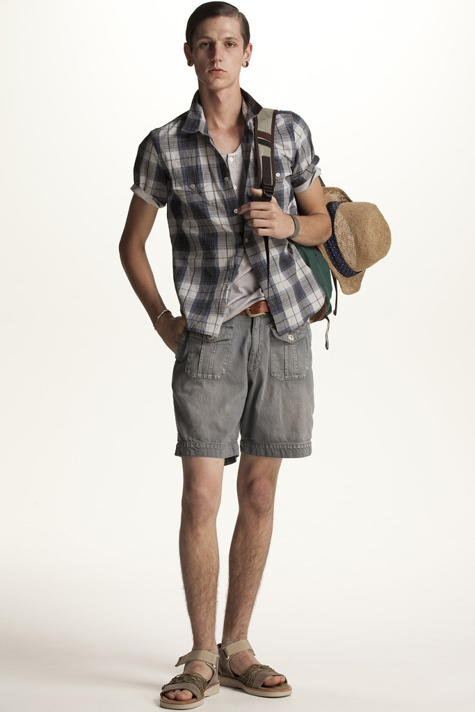 FACTOTUM HOMME 2011 SS 025_Tommy Cox