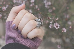 owl & flowers (Honey Pie!) Tags: flowers flores sweater hand purple fingers ring explore nails lilac owl dedos coruja romantic mo unhas anel explored suter romntica