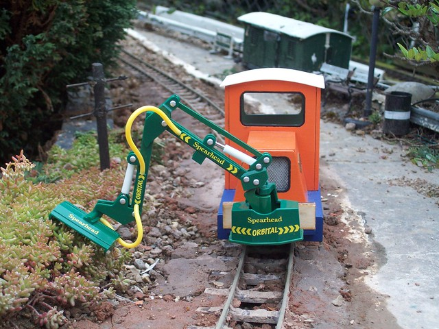 A New Permanent Hedge Cutting Vehicle for the H W L R
