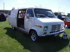 1977 Chevrolet van (dave_7) Tags: chevrolet van 1977