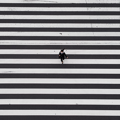 Tky #8 (Thomas Leuthard) Tags: street leica white black photography flickr fuji thomas streetphotography olympus monochrom omd hcb leuthard thomasleuthard