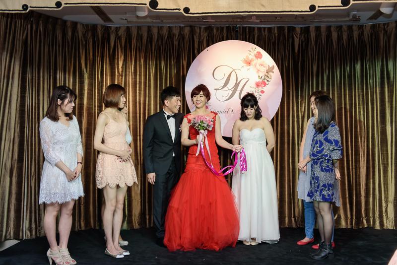 國賓婚攝,台北國賓,國賓飯店婚宴,新秘Miko ,婚攝小勇,台北婚攝, 愛瑞思新娘秘書造型團隊,西敏英國手工婚紗,小寶工作室-062