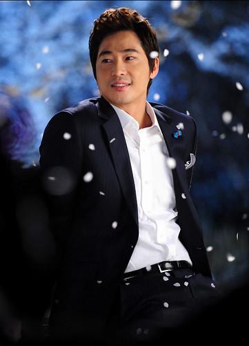 Kang Ji Hwan Cherry Heudeureojin Magical Night Kiss 1