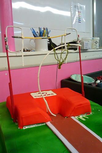 Pole Vaulting cake01
