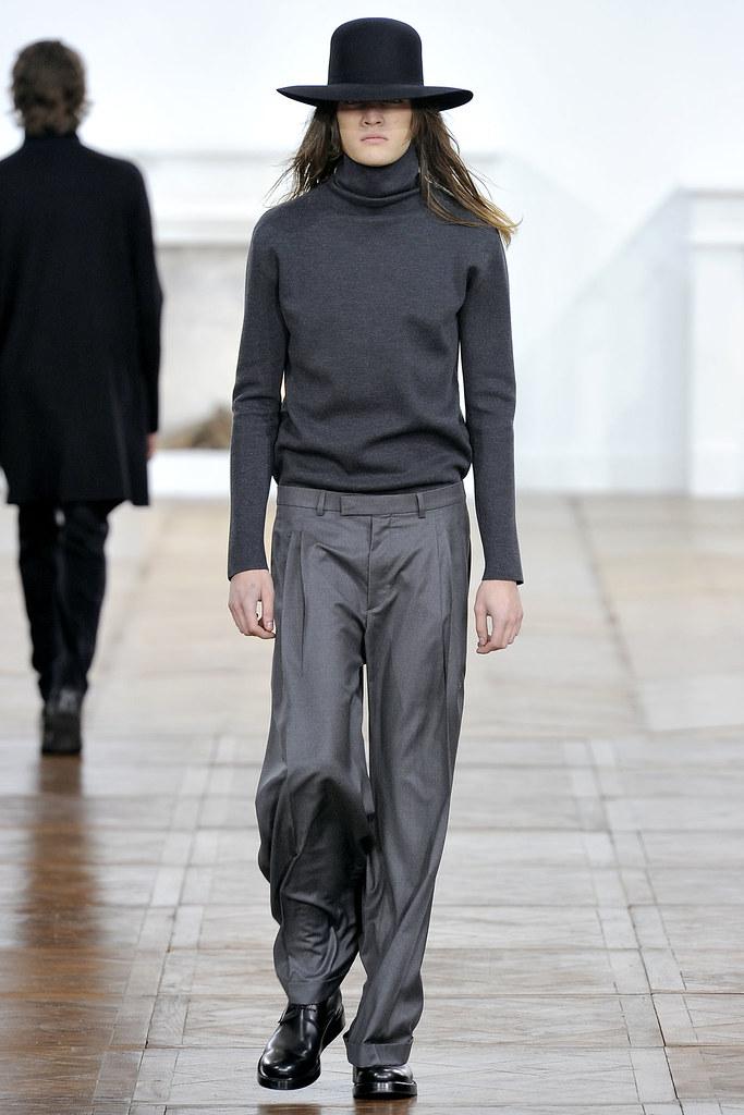 Marcel Castenmiller3234_FW11_Paris_Dior Homme(VOGUEcom)