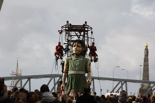 Sea Odyssey Giant Spectacular - Little Girl