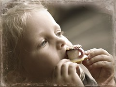 Morning Tea with Ari (Deb Jones1) Tags: life family girls portrait macro face kids canon children babies faces australia stillife flickrduel flickrawards debjones1