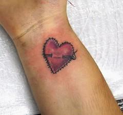 Nice Heart Tattoo Ideas On Wrist 013 (tattoos_addict) Tags: tattoo nice heart wrist ideas 013 skulltattoos hearttattoos keytattoos