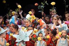 128 Schlusszene - Spectacolo - Secret Dreams -_DSC0538 (Spectacolo1) Tags: ballet dance olten tanztheater theater performingarts spectacolo academy passion tanz moderndance
