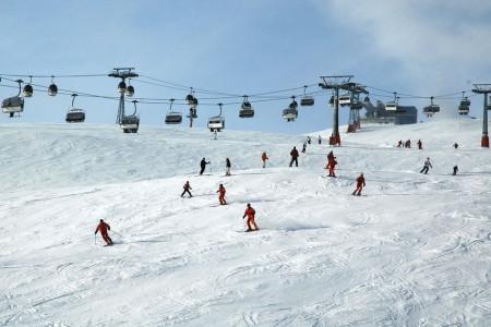 Velká bublina (ne)bezpečnosti lyžování aneb jak je to s úrazy při lyžování