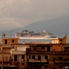 Cruise rooftops (Osvaldo_Zoom) Tags: cruise italy nikon ship rooftops sicily calabria navigate messinastrait d80