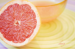 Summer colors (dhmig) Tags: summer food orange closeup fruit nikon juice naturallight grapefruit 50mmf28 pinkgrapefruit grapefruitjuice seasonalfruit nikond7000 dhmig dhmigphotography
