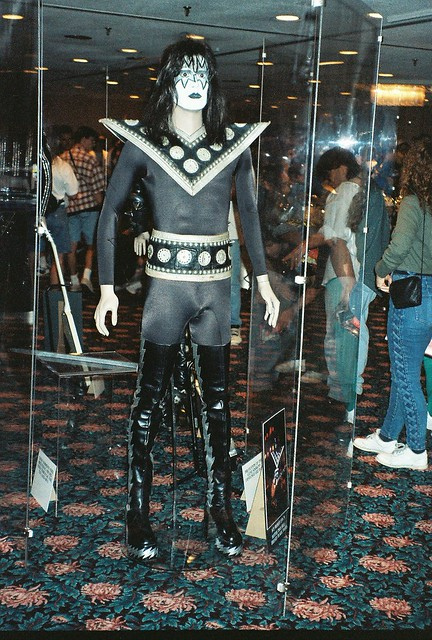 07-16-95 Kiss Convention - Bloomington, MN 013