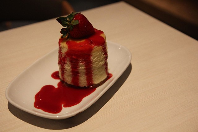 Strawberry Cheese Cake At Delicious Cafe
