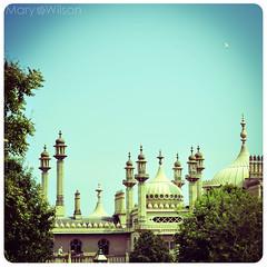 Brighton Pavilion (marywilson's eye) Tags: england lomo brighton pavilion effect