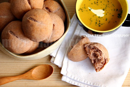 Red Rice Flour Dinner Rolls