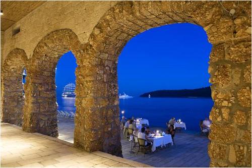 Excelsior Hotel & Spa sensus outdoor restaurant