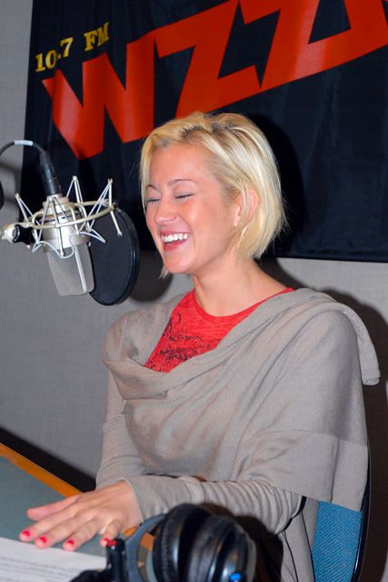 KELLIE PICKLER(1)