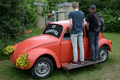 121 (Kopie) (azu250) Tags: vw bug volkswagen de citroen beetle meeting cox peel brabant pis zuid pisser coccinelle oost zob kever urinoir heusden asten