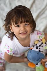 Despertando/Waking (RafaelPintoH) Tags: portraits canon children faces venezuela juegos nios retratos plays tenderness rostros ternura carabobo