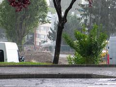 Vandoeuvre sous une pluie d'orage (alainalele) Tags: france internet creative commons council housing bienvenue et lorraine 54 licence banlieue moselle presse bloggeur meurthe paternit alainalele lamauvida