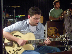 "Movimento Elefantes: reúne 10 Big Bands entre elas o Projeto Coisa Fina onde Thiago é o guitarrista. • <a style=""font-size:0.8em;"" href=""http://www.flickr.com/photos/63787043@N06/5809056467/"" target=""_blank"">View on Flickr</a>"