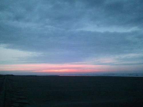 朝焼け。海一番乗り!