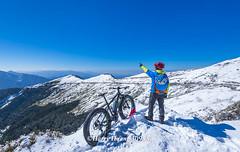 Harry_30985a,,,,,,,,,,,,,,,,,,,,,Winter,Snow,Hehuan Mountain,Taroko National Park,National Park (HarryTaiwan) Tags:                     winter snow hehuanmountain tarokonationalpark nationalpark     harryhuang   taiwan nikon d800 hgf78354ms35hinetnet adobergb  nantou sport bike bicycle mountain