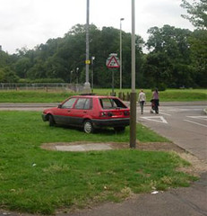 Dumped Car (LittleBritain2) Tags: from houses leicester toyota council stolen took dole belgrave dumped joyriders benefits braunstone newparks le3