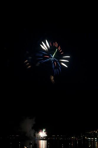 11-FireworksRedBank-5755