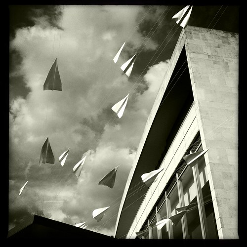 Paper Plane by Lazzaro75