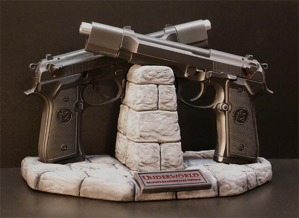 「決戰異世界」經典電影雙槍商品化