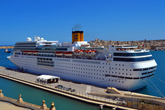 Costa neoRomantica (albireo2006) Tags: cruise blue sea wallpaper costa water harbor mediterranean ship harbour background cruiseship liner valletta cruiseliner grandharbour costaromantica costacrociere v18 costacruises costaneoromantica valletta2018