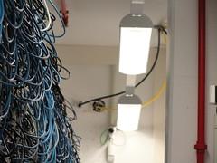 Das zweite gelbe Kabel für die Aussenanbindung.