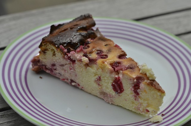 German cheesecake with fruit
