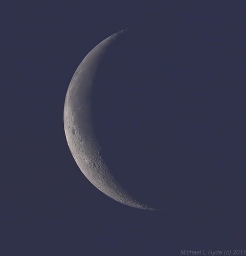 Early morning Moon 270611 by Mick Hyde
