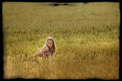 La (nathaliehupin) Tags: portrait girl field fille la champ eolienne bls estinnes photographebruxelles nathaliehupin girlinafield photographeluxembourg juillet2011 filledansunchamp photographehainaut photographenamur photographeliege photographemons photographebelgique wwwnathaliehupinbe wwwnathaliehupingraphismebe