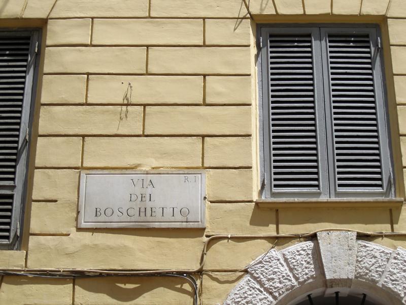 Via del Boschetto, Roma
