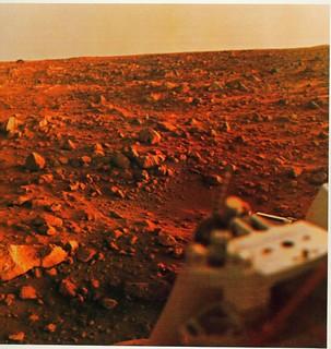 Viking Lander or its predecessor could find life on Mars, From ImagesAttr