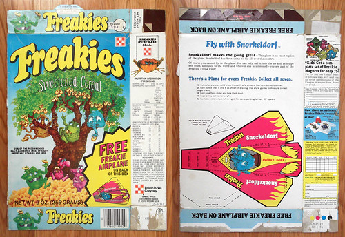 1975 Ralston Freakies Cereal Box Snorkeldorf airplane