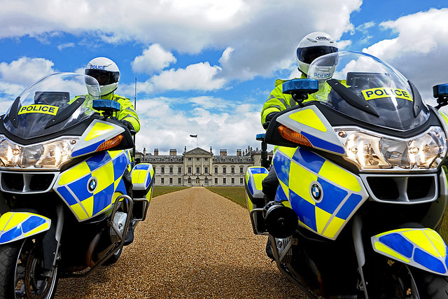 uk england bedford traffic beds police bmw motorcycle bmwmotorcycle lawenforcement woburn woburnabbey policemotorcycle policeforce policebike policemotorbike bedfordshirepolice trafficpatrol bedspolice