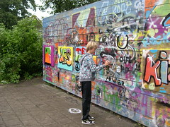 "zomerspelen 2013 Graffiti workshop • <a style=""font-size:0.8em;"" href=""http://www.flickr.com/photos/125345099@N08/14220595500/"" target=""_blank"">View on Flickr</a>"