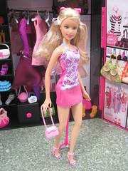 Mastel Industries The Closet Show (mydollfamily) Tags: summer kara nikki barbie drew lea glam teresa marissa kayla fashiondoll mattel luxe chandra midge nichelle jayla trichelle barbiestyle soinstyle barbiebasics