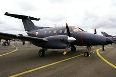 Embraer Emb 121AN  Xingu n 121083 ~ ZE / 083 Arme de l'air (Aero.passion DBC-1) Tags: meeting dbc1 aeropassion biscove david arien airshow orlans bricy aviation avion aircraft plane 2010 embraer emb121 xingu ze arme de lair